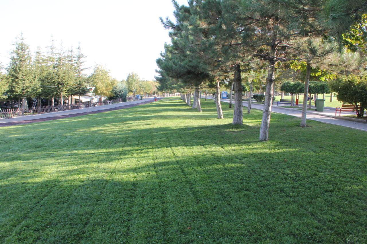 Ankara parkları arasında yer alan Ahlatlıbel Atatürk Parkı
