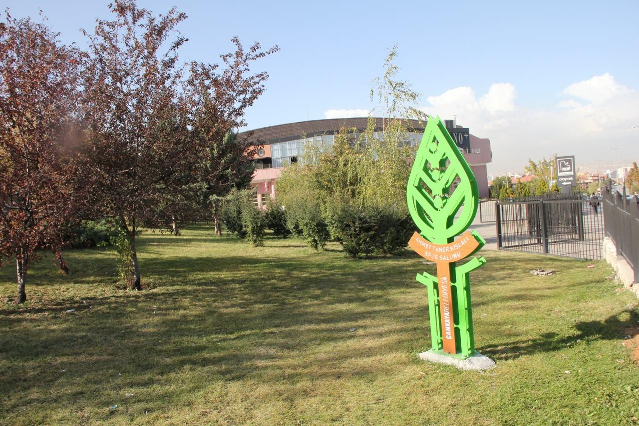 Çayyolu Ahmet Taner Kışlalı Parkı